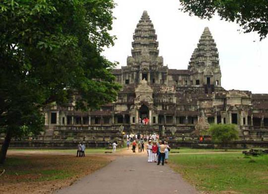 Angkor hùng vĩ - iVIVU.com