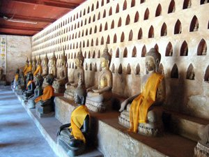 Wat Sisaket, Lào