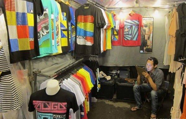 Du khách có thể dạo một vòng khám phá chợ Ratchayothin trước khi vào xem phim ở rạp ngay gần đó.