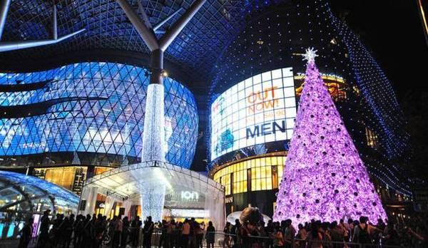Lễ Giáng sinh ở Singapore như một bữa yến tiệc vui nhộn đánh thức mọi giác quan.