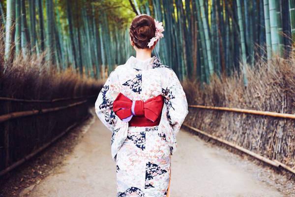Nhật Bản luôn là điểm đến được yêu thích với du khách Việt. Đất nước mặt trời mọc có thể đem đến cho bạn nhiều trải nghiệm hài lòng dù bạn theo trường phái nào: khám phá danh thắng, mua sắm, ẩm thực, thám hiểm, chụp ảnh...